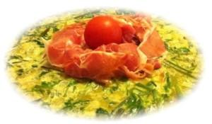 frittata-di-asparagi-selvatici-con-rosetta-di-crudo-dolce